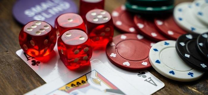Thumb 700 320 gambling 4178462 960 720 2 75