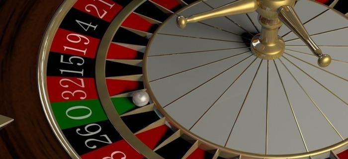 Thumb 700 320 gambling 2001128 960 720 69
